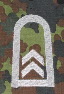 Nárameník BW OBERFELDWEBEL FLECKTARN/STØÍBRNÁ